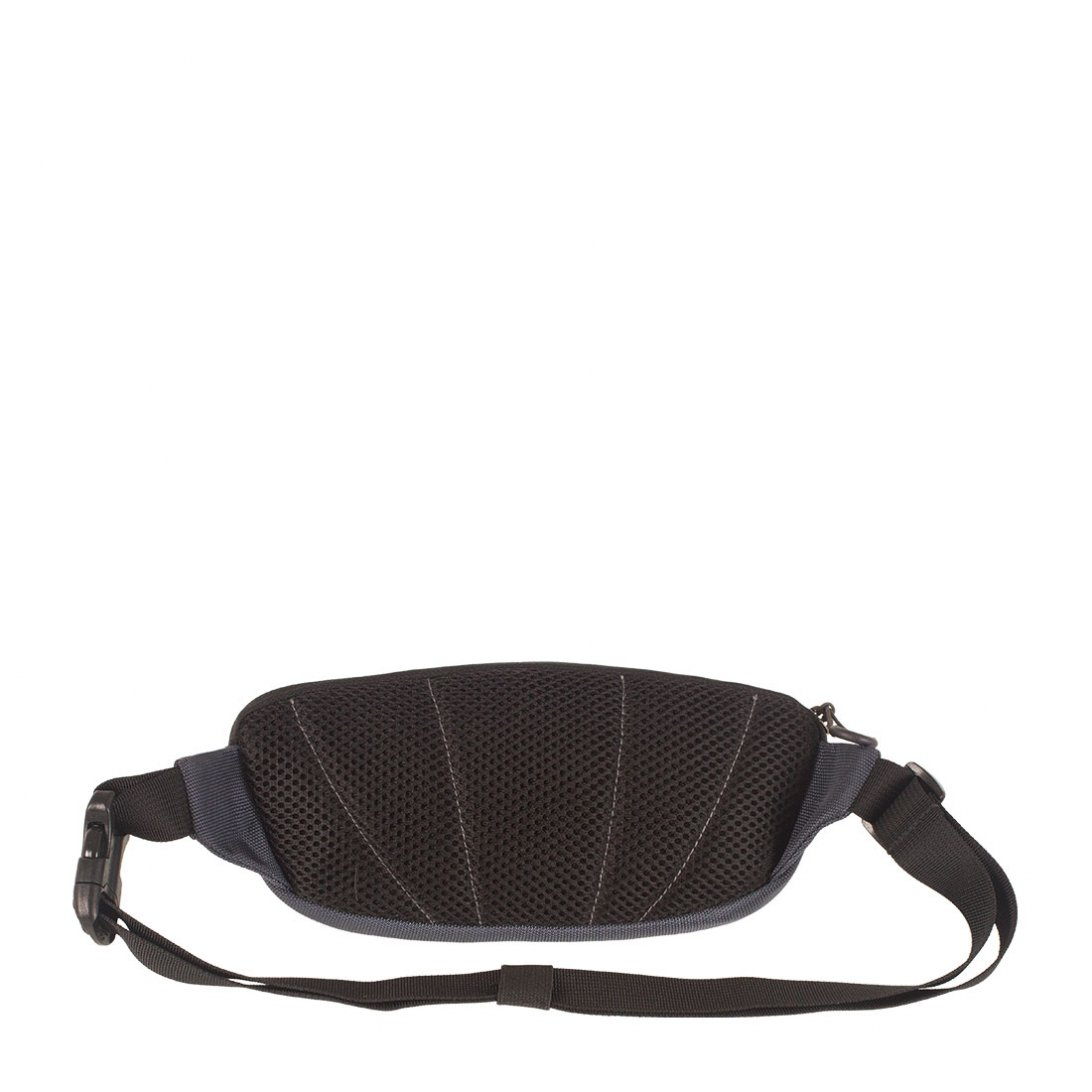 Black mesh lining on back of RFiD hip pack 1