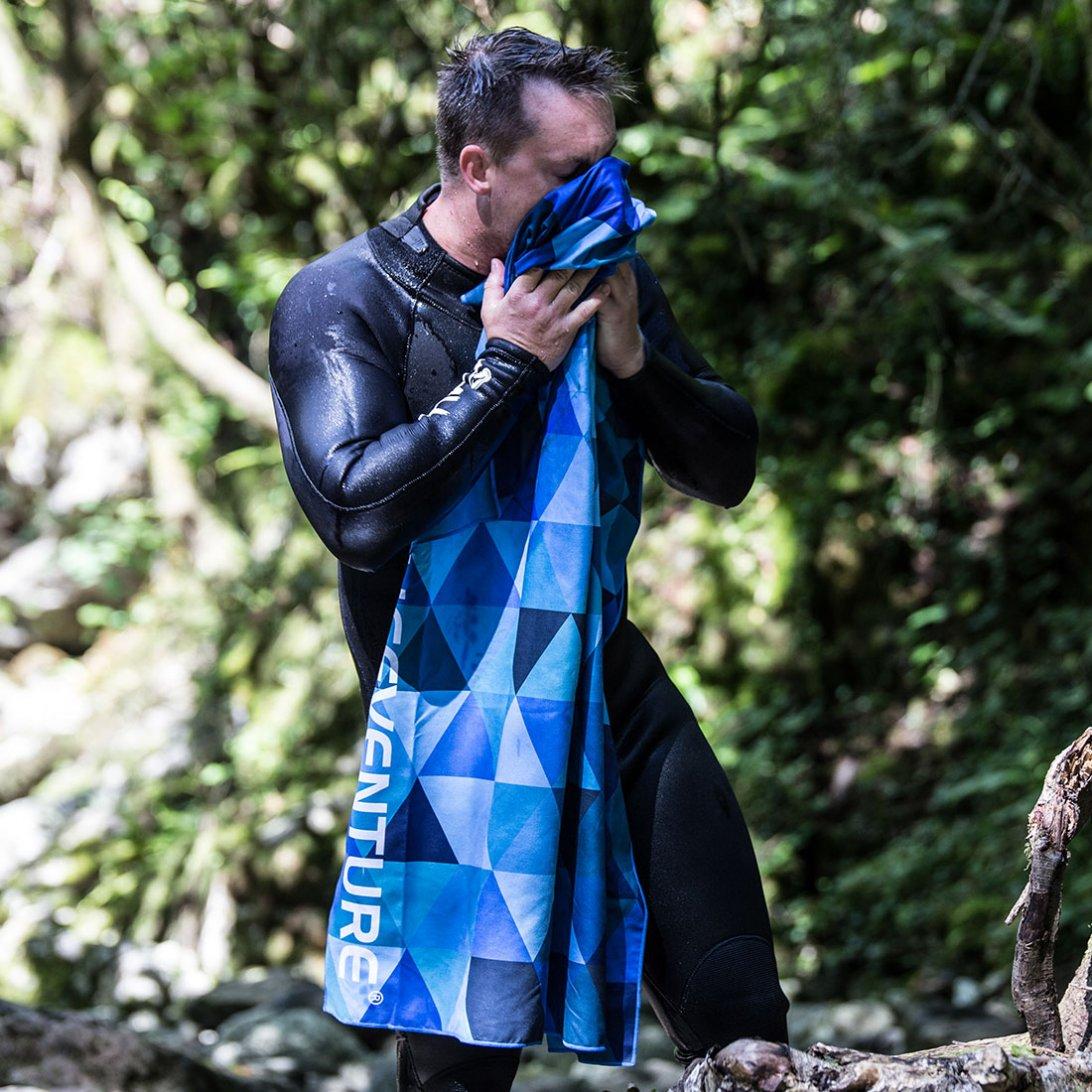 Softfibre Travel Towel lifestyle - Blue Triangles