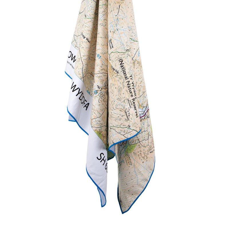 Softfibre Travel Towel Giant os print hanging - Snowdon