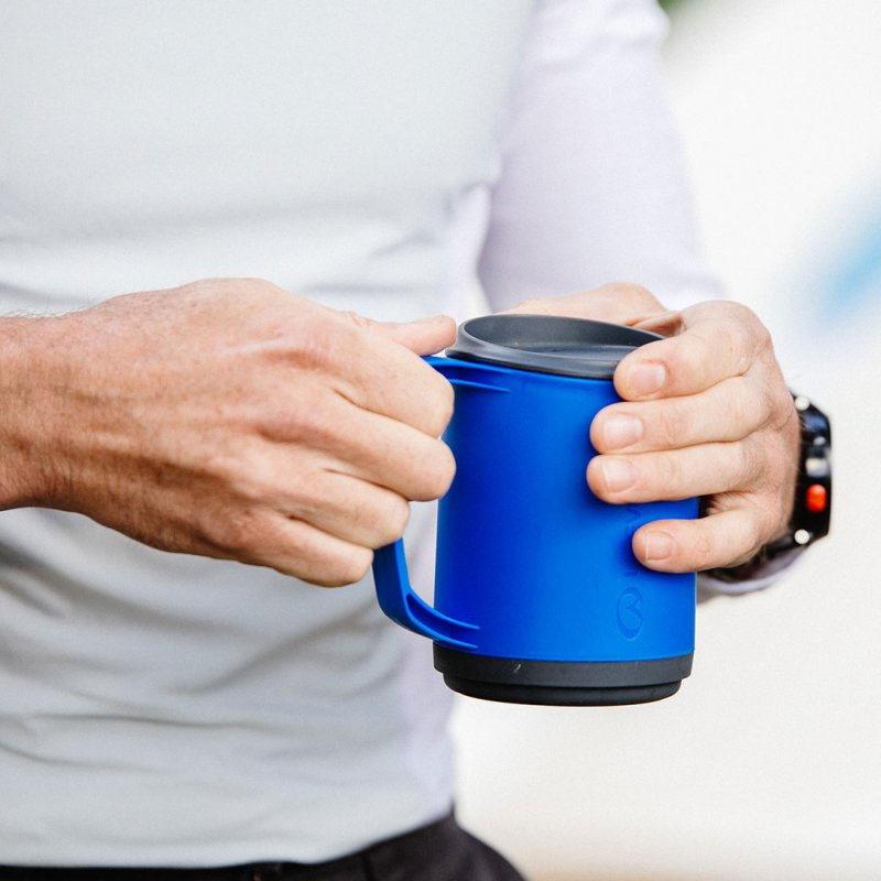 Ellipse Insulated Mug Lifestyle