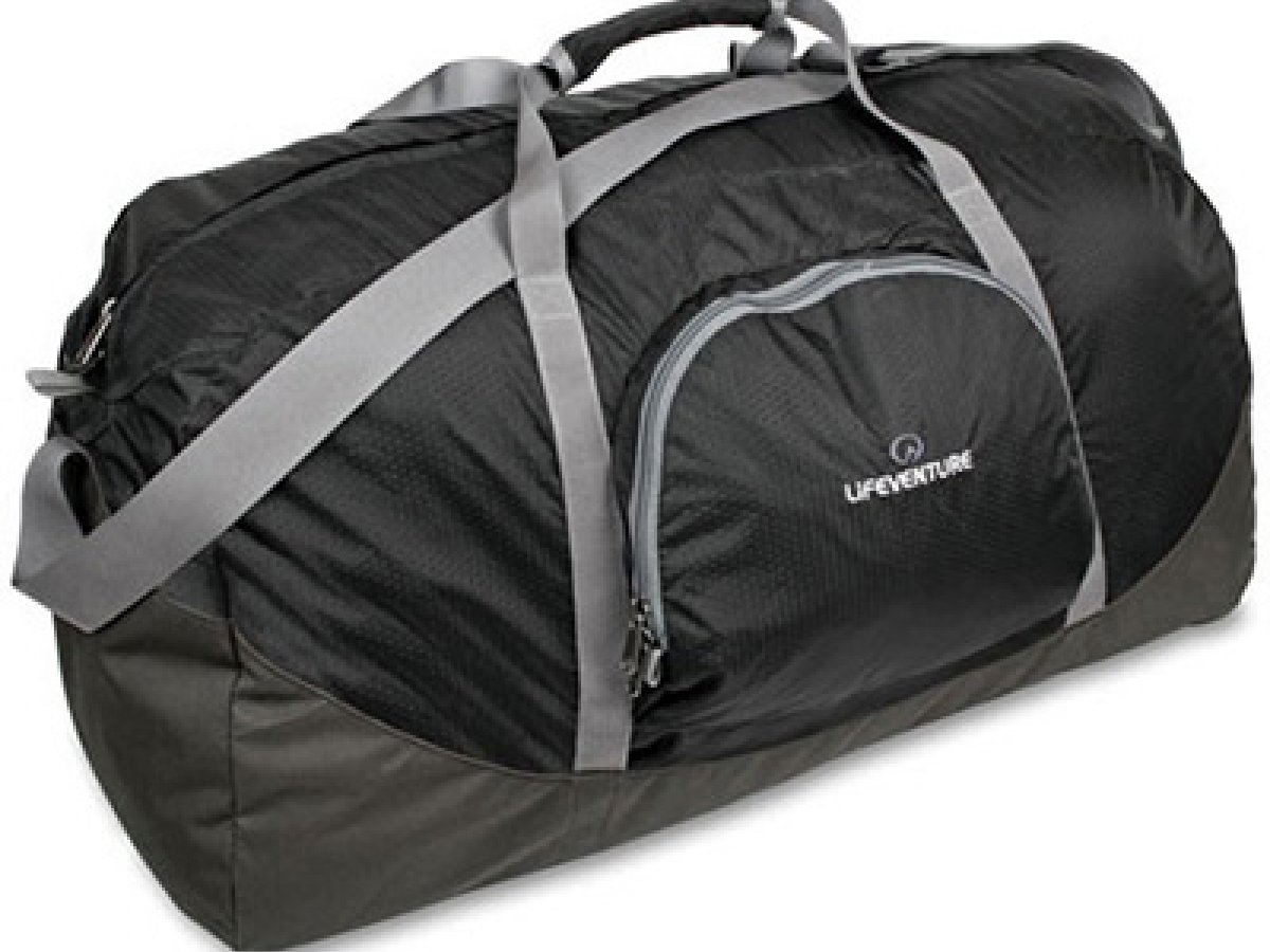 a66d3822a120 Reasons to Buy a Duffle Bag | Tips and Advice | Lifeventure